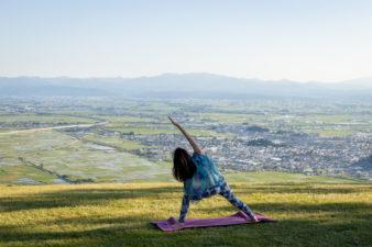 8月13日~16日開催 山形座 瀧波 天空ヨガ~Yoga(ヨガ)×「生まれたての十割源泉」~
